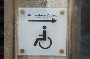 Hebebühne für Rollstuhl